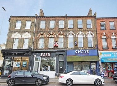 Properties to let in Wandsworth Road - SW8 3JH view1