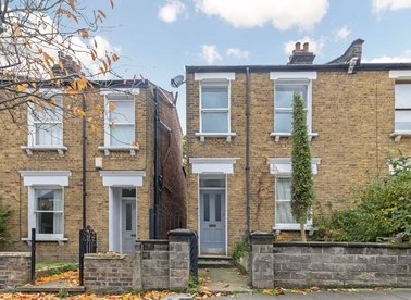 Properties let in Wells House Road - NW10 6EA view1