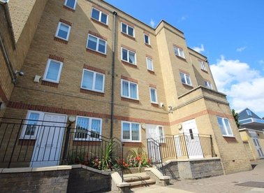 Properties to let in Westferry Road - E14 3RT view1