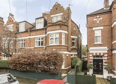 Properties to let in Wexford Road - SW12 8NH view1