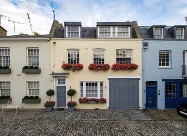 Properties to let in Wilton Row - SW1X 7NS view1