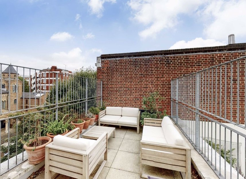 Properties for sale in Abbey Road - NW8 9AQ view8