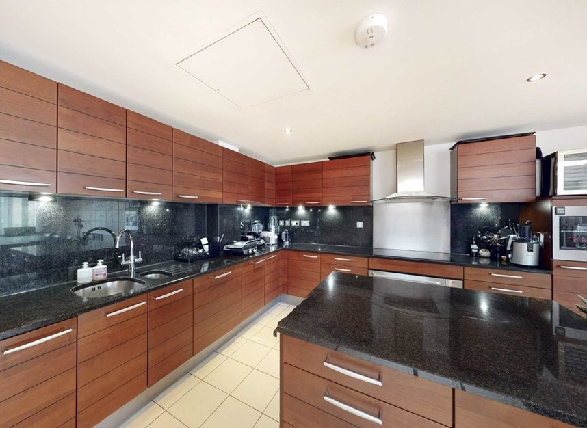 Properties for sale in Abbey Road - NW8 9AQ view3