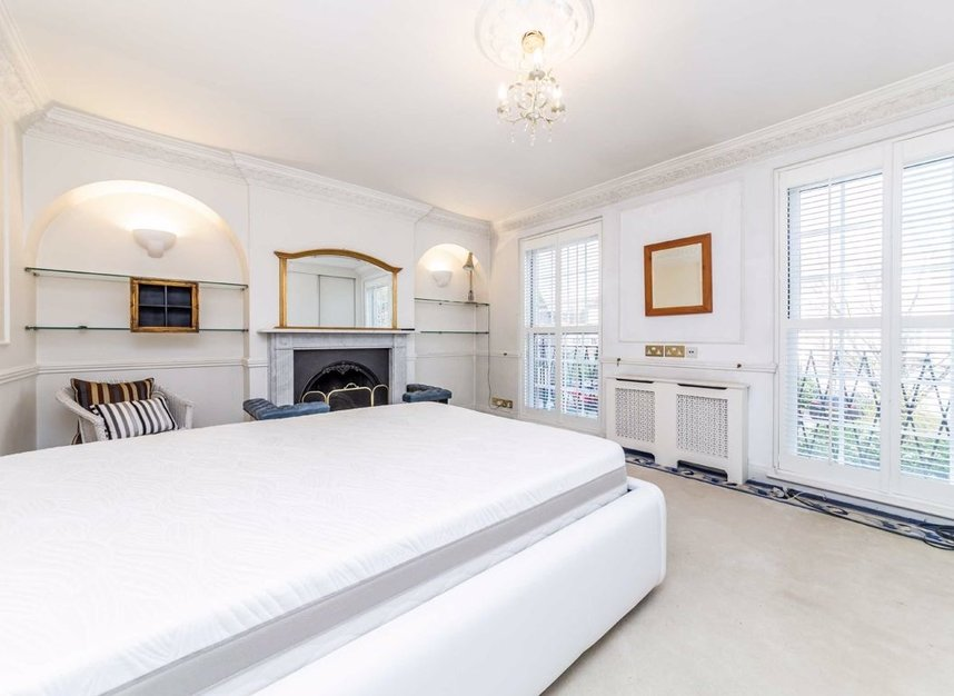 Properties for sale in Abbotsbury Close - W14 8EG view5