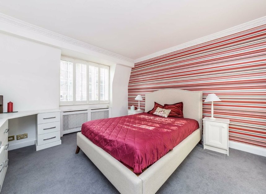 Properties for sale in Abbotsbury Close - W14 8EG view6