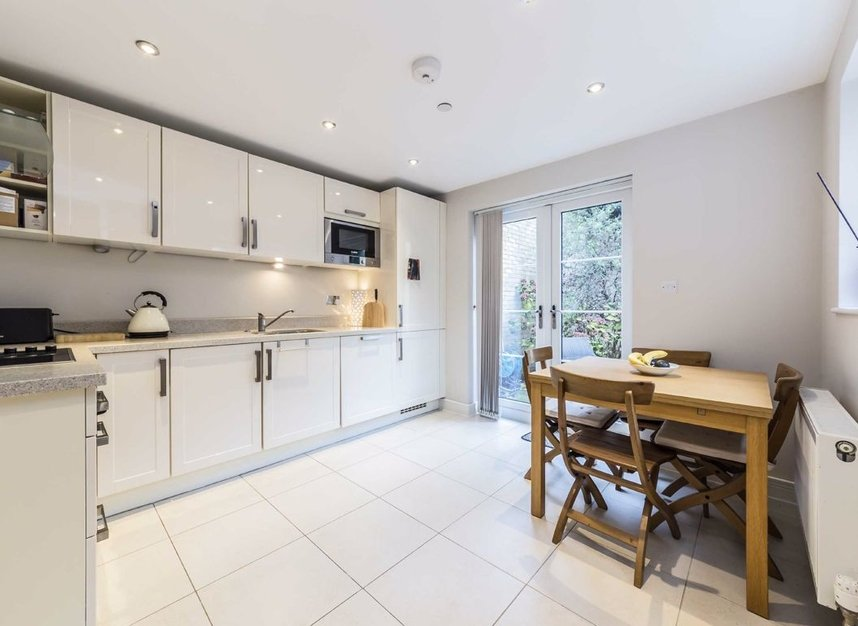 Properties for sale in Acton Lane - W4 5HU view3