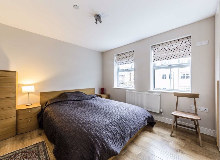 Properties for sale in Acton Lane - W4 5HU view5