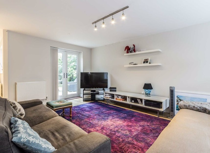 Properties for sale in Acton Lane - W4 5HU view2