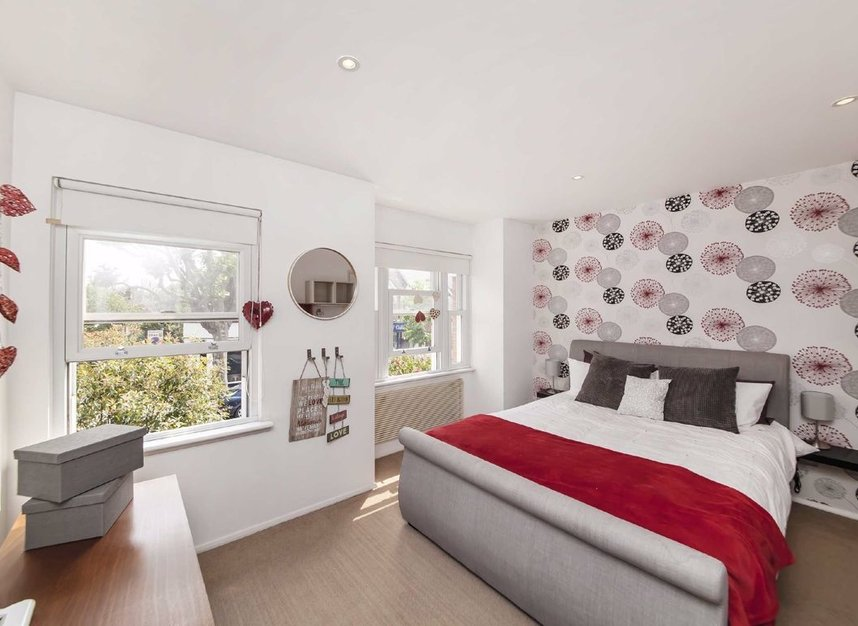Properties for sale in Acton Lane - W4 5DJ view4