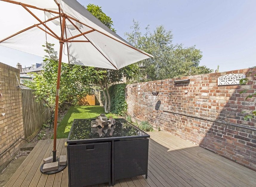 Properties for sale in Acton Lane - W4 5DJ view6