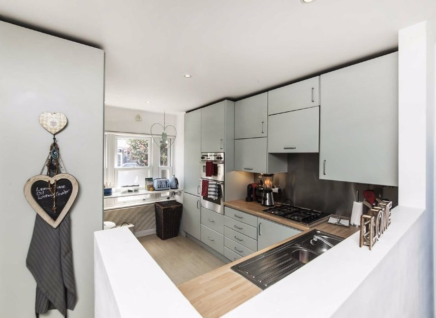 Properties for sale in Acton Lane - W4 5DJ view3
