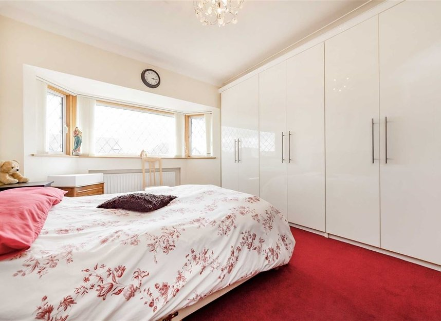 Properties for sale in Allan Way - W3 0PN view6