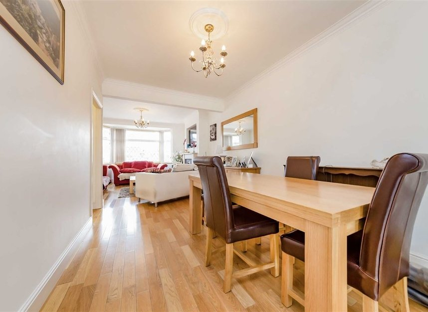 Properties for sale in Allan Way - W3 0PN view3
