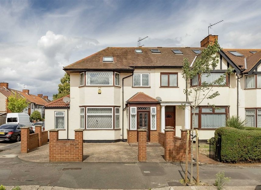 Properties for sale in Allan Way - W3 0PN view1