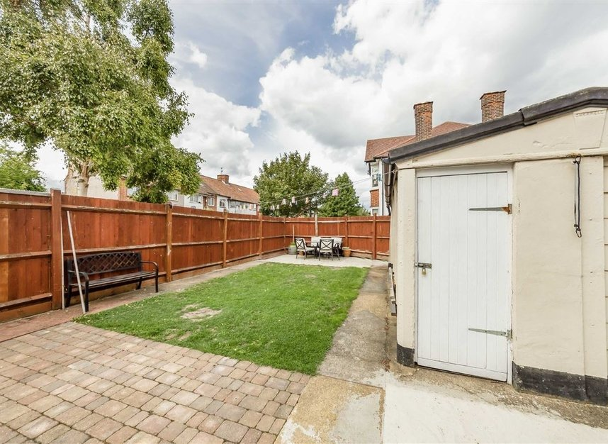 Properties for sale in Allan Way - W3 0PN view8