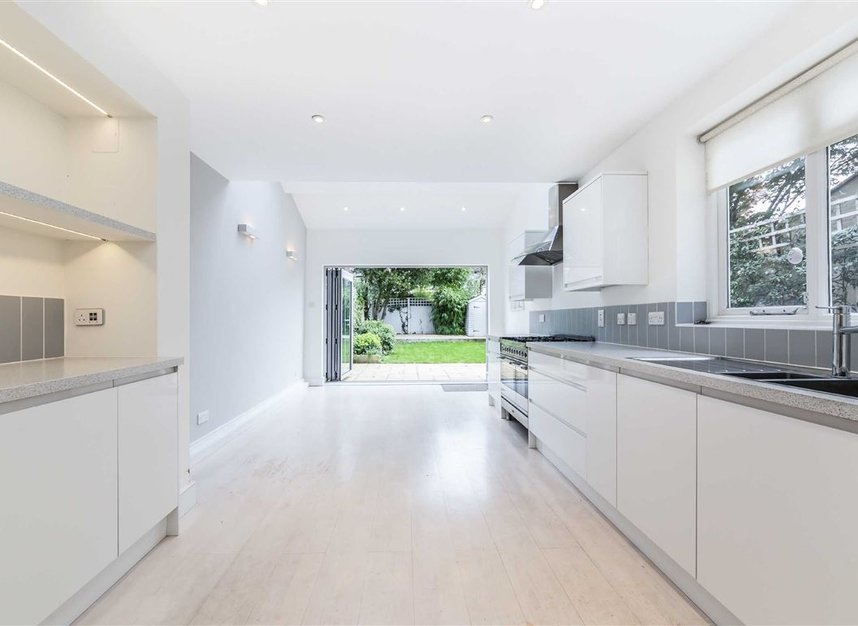 Properties for sale in Allison Road - W3 6HZ view4
