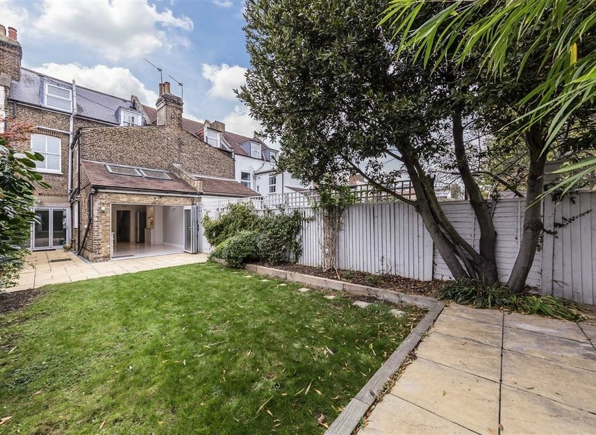 Properties for sale in Allison Road - W3 6HZ view9