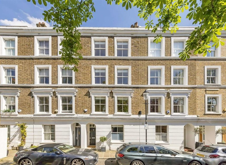 Properties for sale in Ansdell Terrace - W8 5BY view1