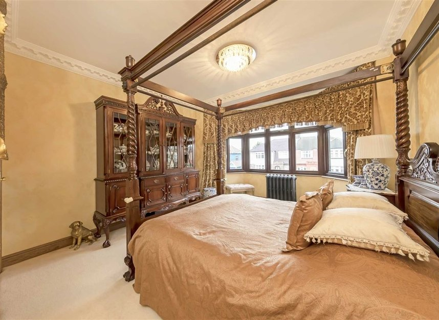 Properties for sale in Anson Road - NW2 4AL view9
