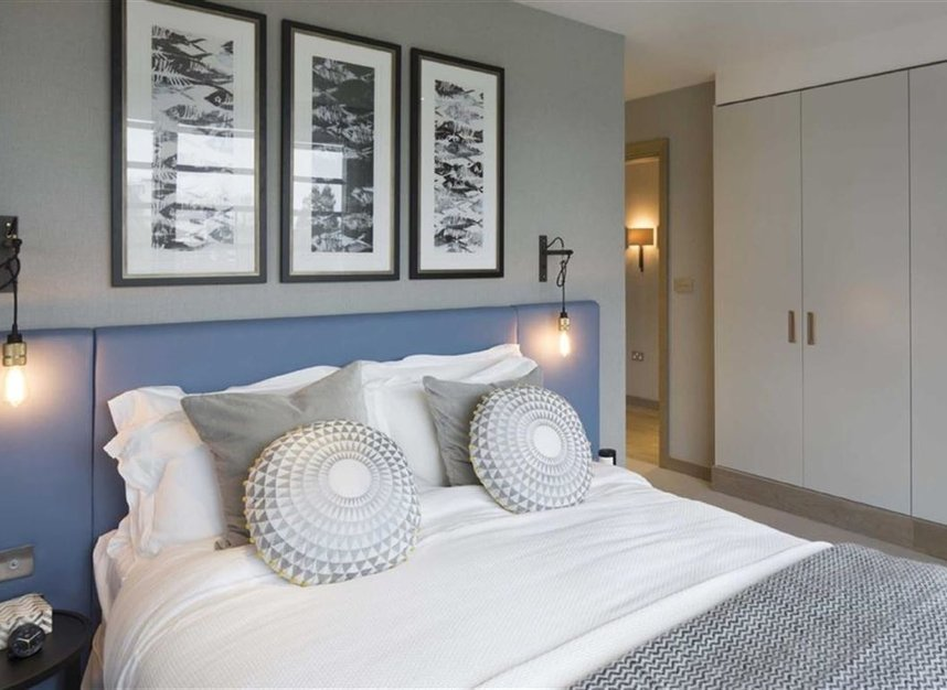 Properties for sale in Armoury Way - SW18 1TH view8