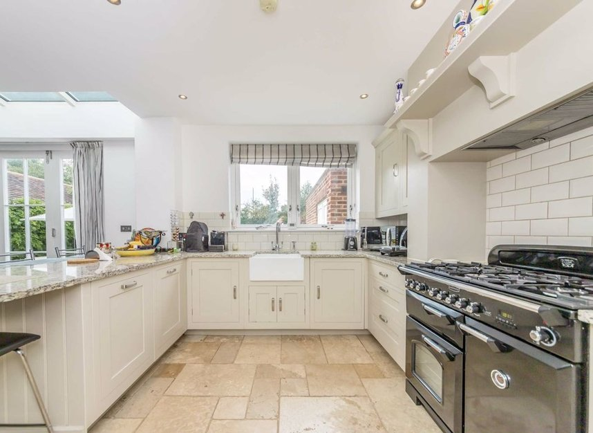 Properties for sale in Baronsmede - W5 4LT view2
