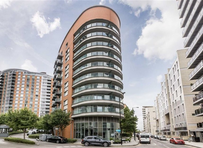 Flat For Sale In Biscayne Avenue London E14 Dexters