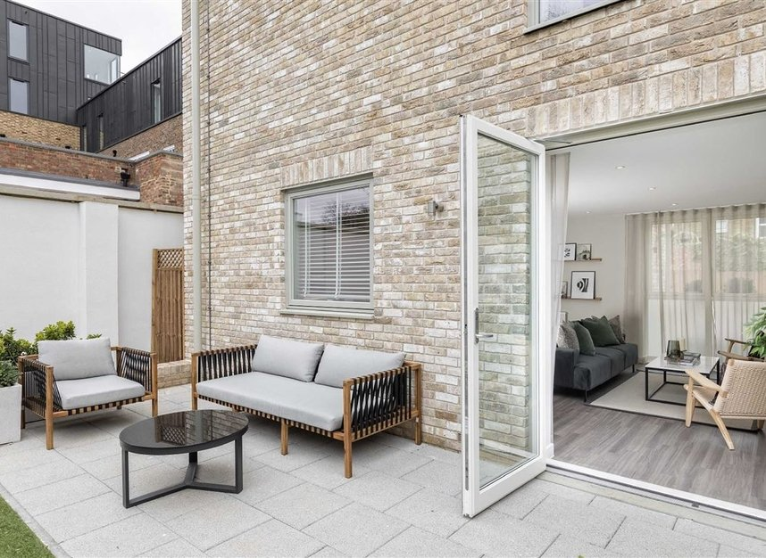 Properties for sale in Bollo Lane - W3 8QT view7