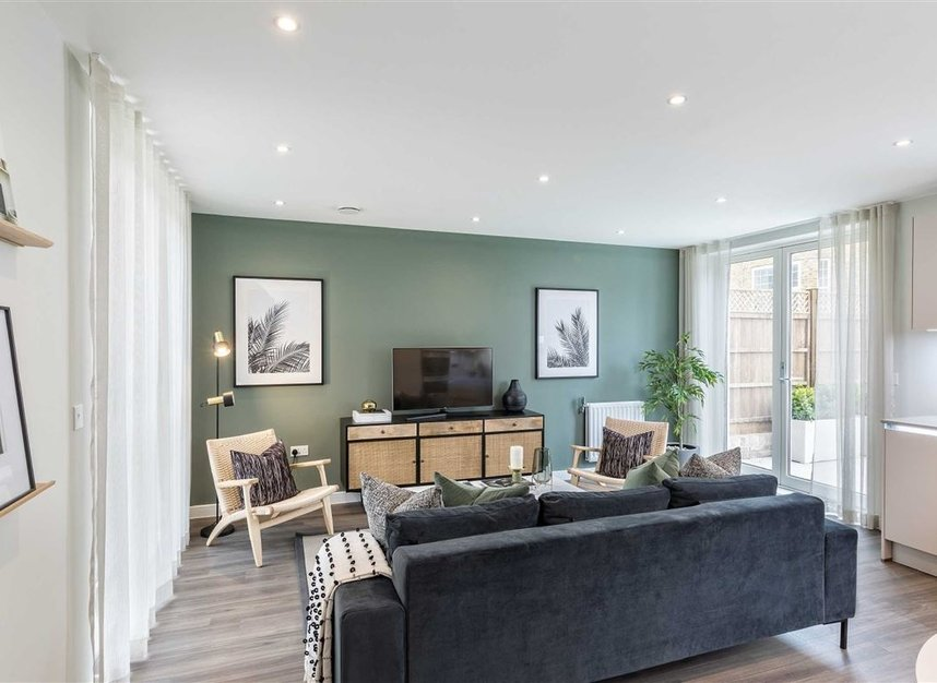 Properties for sale in Bollo Lane - W3 8QT view3