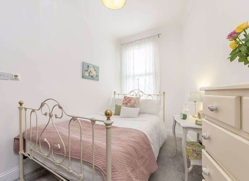 Properties for sale in Bollo Lane - W4 5LX view5
