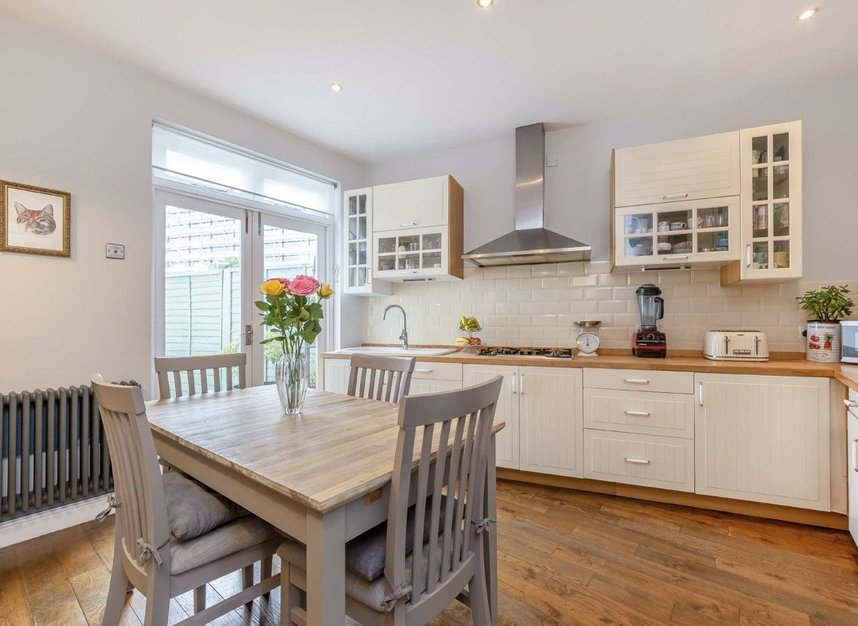 Properties for sale in Bollo Lane - W4 5LX view3