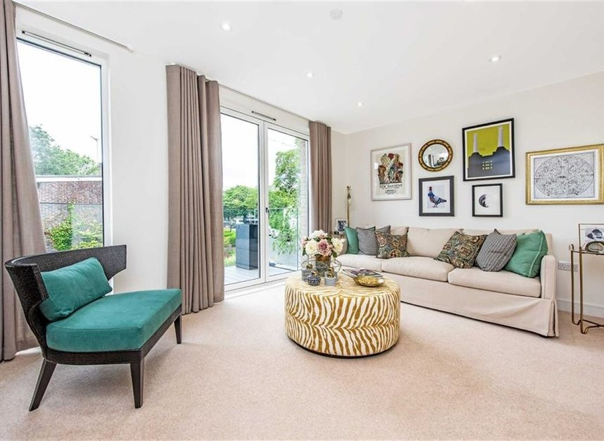 Properties for sale in Bourke Close - SW4 8ER view3