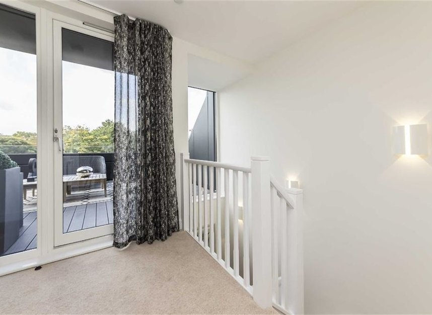 Properties for sale in Bourke Close - SW4 8ER view15