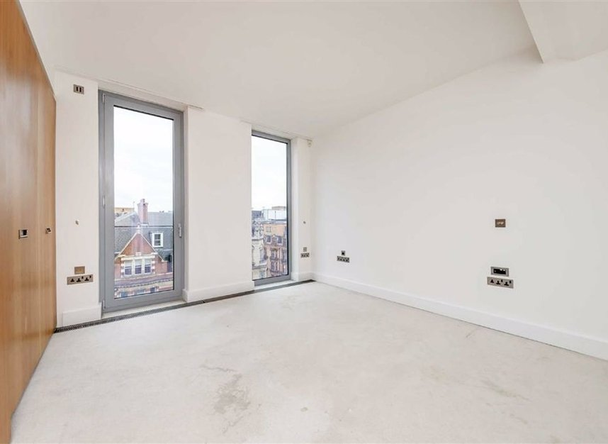 Properties for sale in Brompton Road - SW3 1BW view5