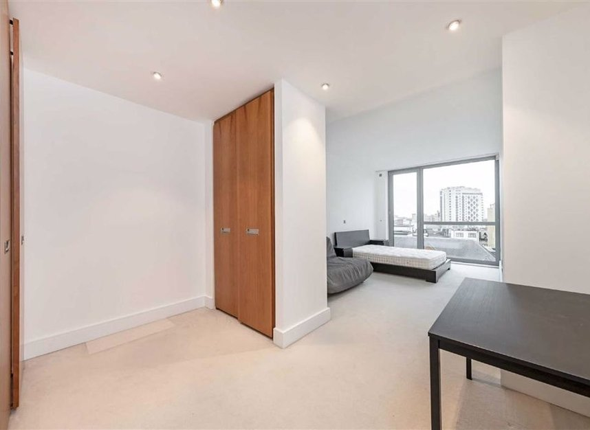 Properties for sale in Brompton Road - SW3 1BW view4