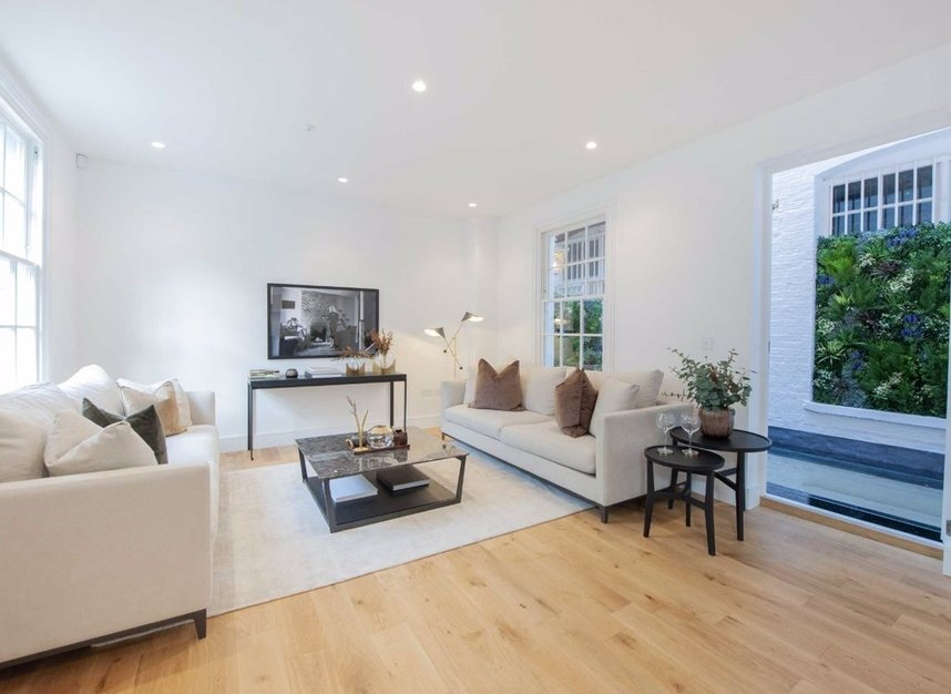 Properties for sale in Burnsall Street - SW3 3ST view2