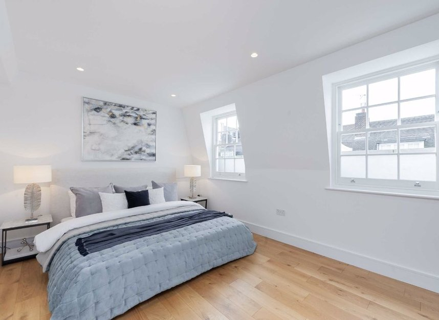 Properties for sale in Burnsall Street - SW3 3ST view3