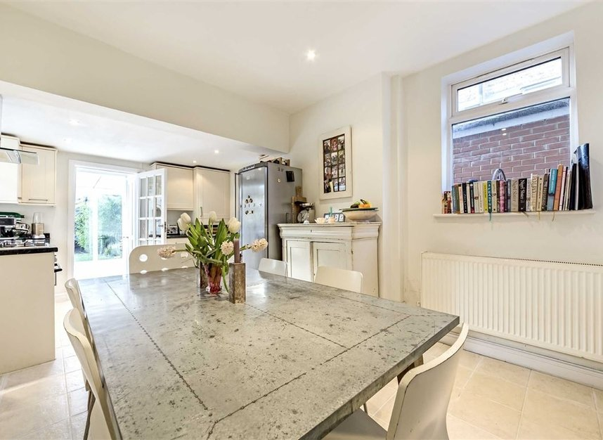 Properties for sale in Burtons Road - TW12 1DB view3