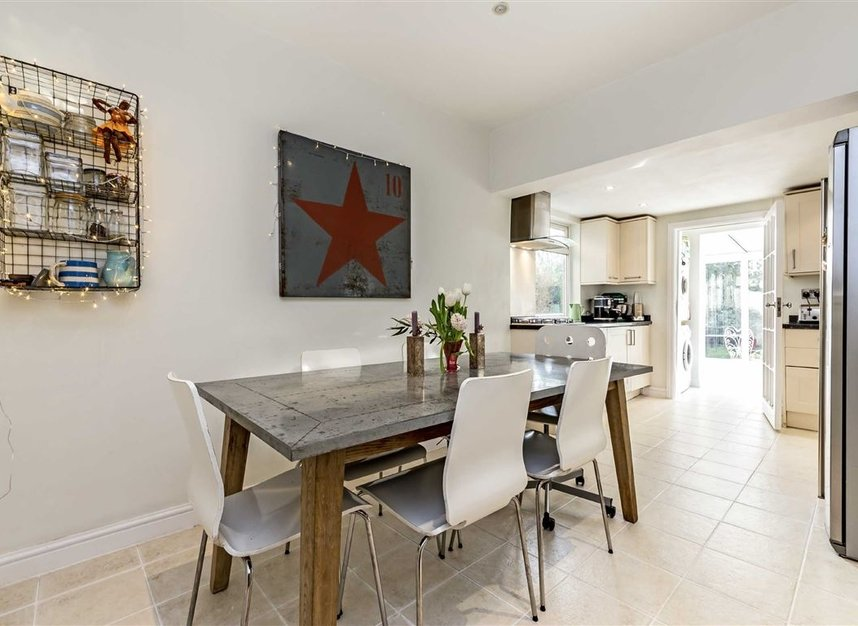 Properties for sale in Burtons Road - TW12 1DB view8