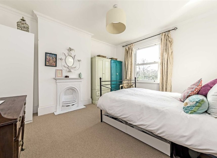 Properties for sale in Burtons Road - TW12 1DB view6
