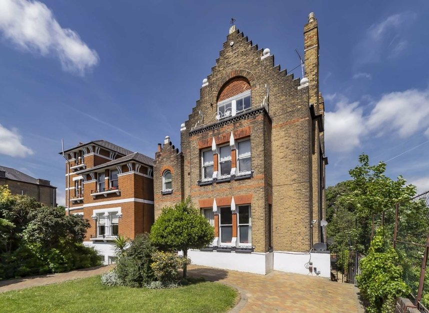 Properties sold in Carleton Road - N7 0QZ view1