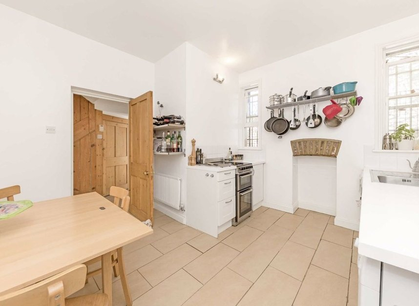 Properties sold in Carleton Road - N7 0QZ view10