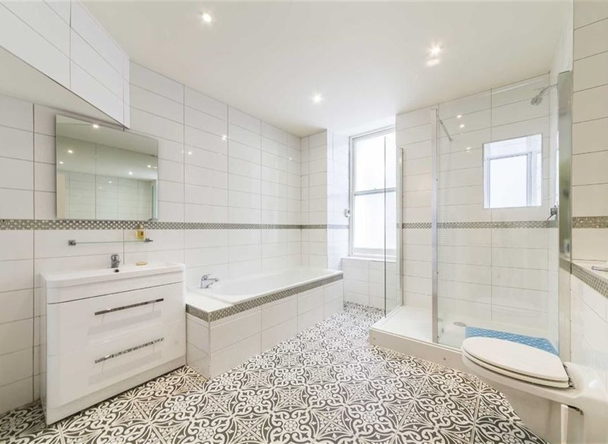Properties for sale in Carlisle Place - SW1P 1HX view7