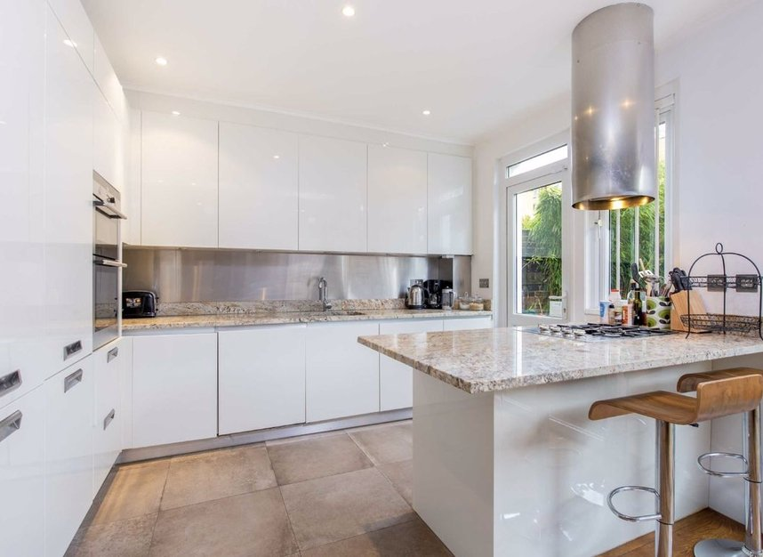 Properties for sale in Caroline Place - W2 4AW view3