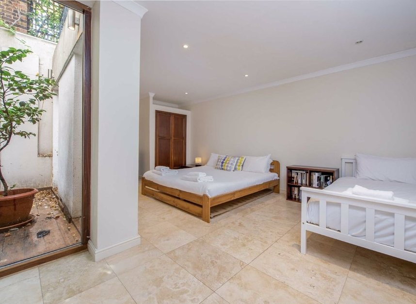 Properties for sale in Caroline Place - W2 4AW view6