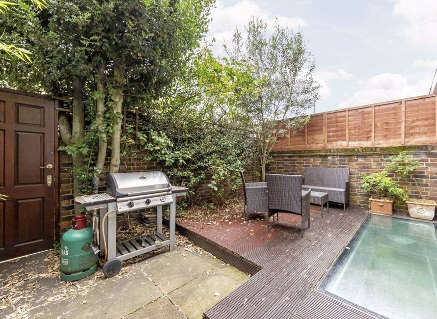 Properties for sale in Caroline Place - W2 4AW view9