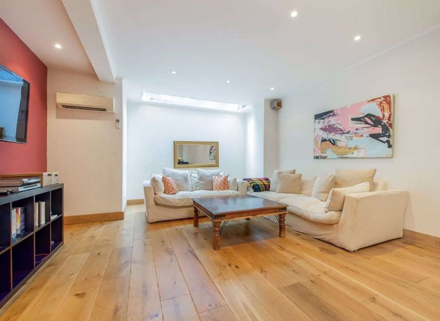 Properties for sale in Caroline Place - W2 4AW view5