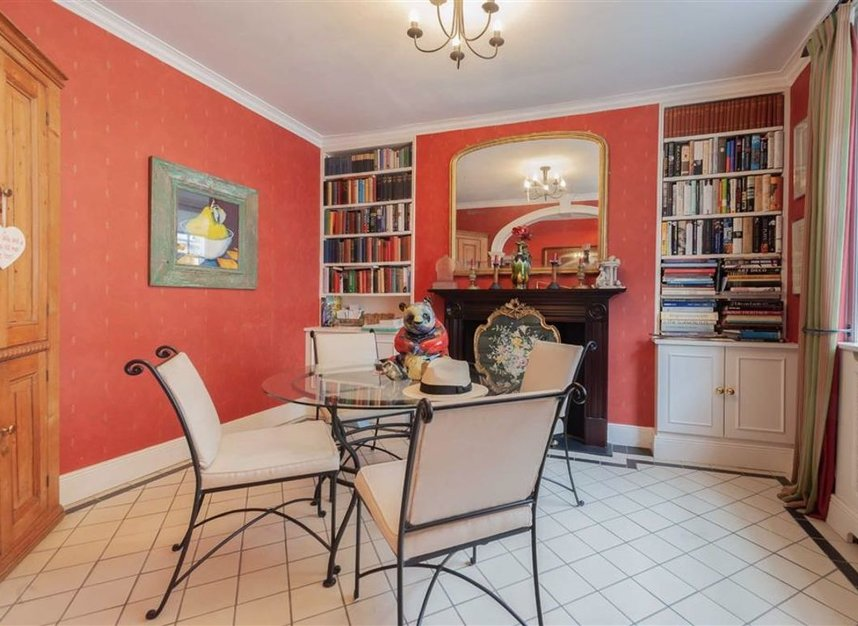 Properties for sale in Catherine Place - SW1E 6HL view3