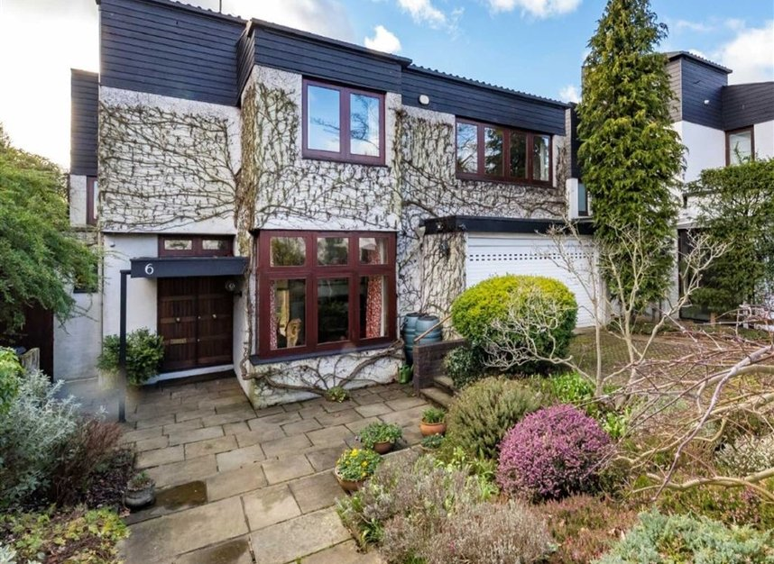 Properties sold in Cenacle Close - NW3 7UE view1