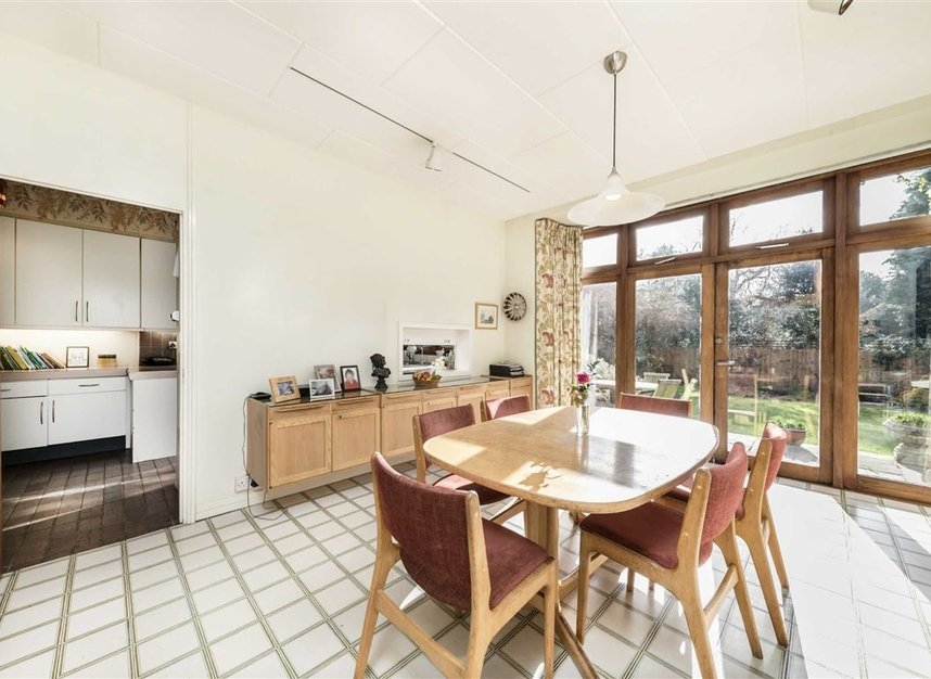 Properties sold in Cenacle Close - NW3 7UE view5