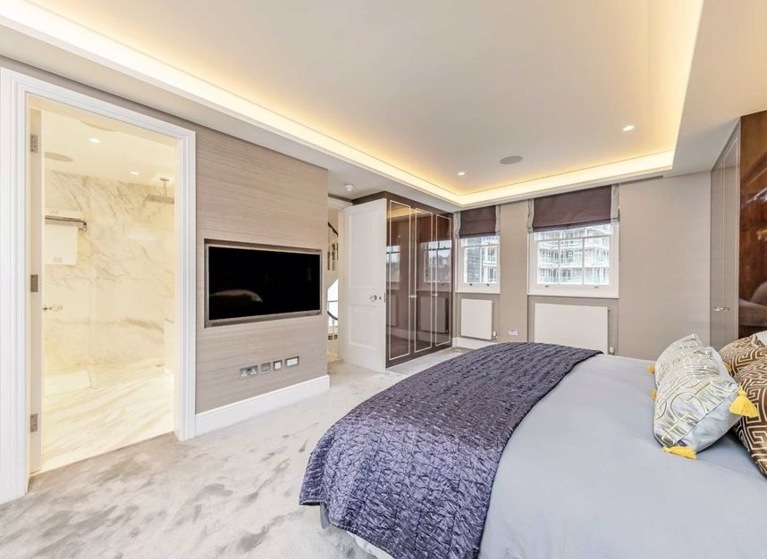 Properties for sale in Chester Street - SW1X 7BL view5